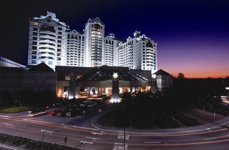 kazino-foksvudz-resort